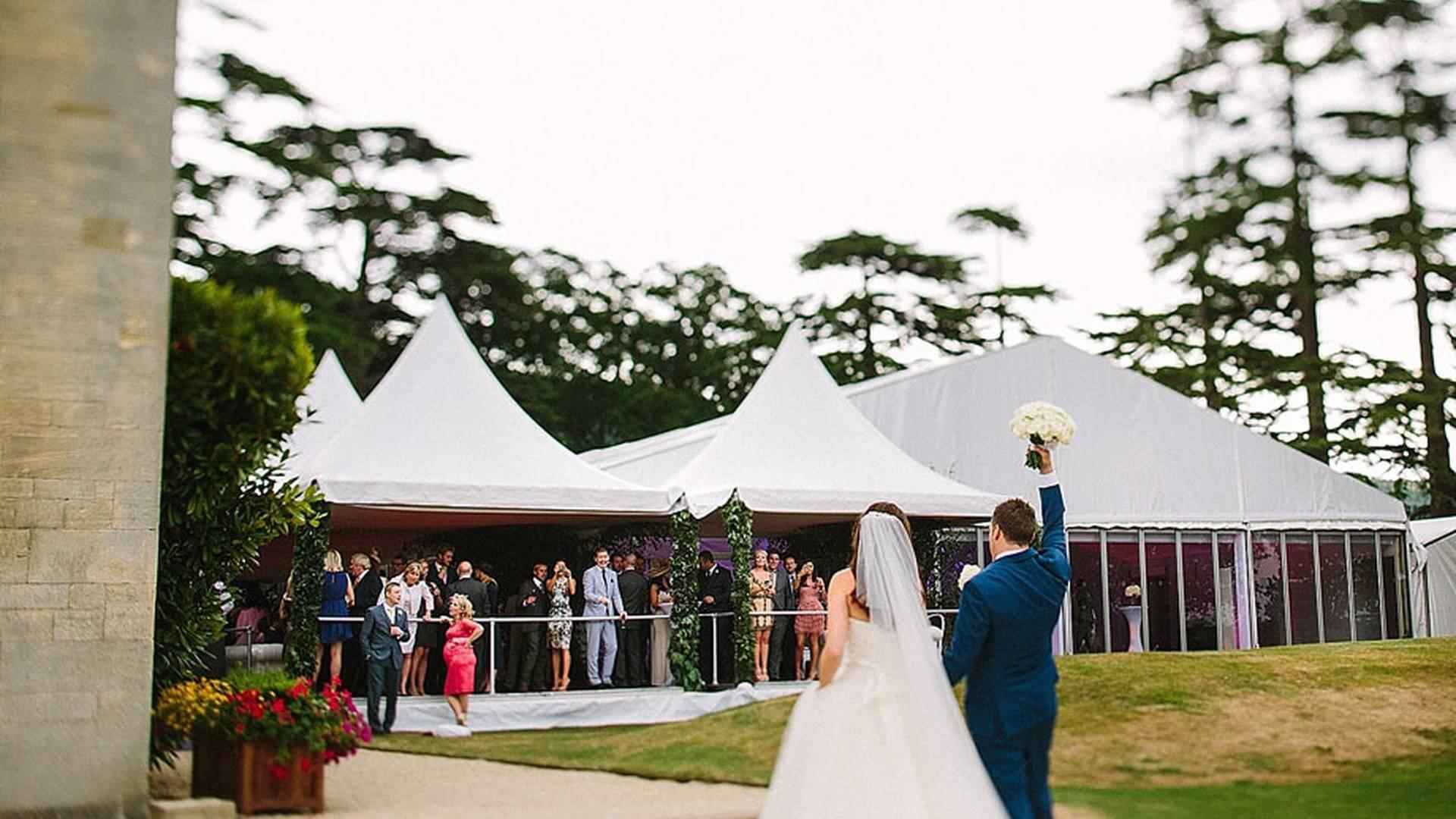 luxury weddings and celebrity wedding days arranged by TLC LTD Taylor Lynn Corporation
